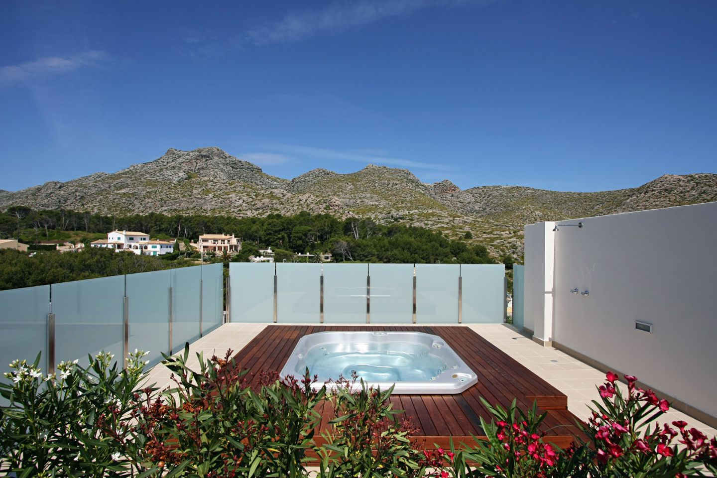 2 Bed Penthouse for sale in Cala San Vicente 1