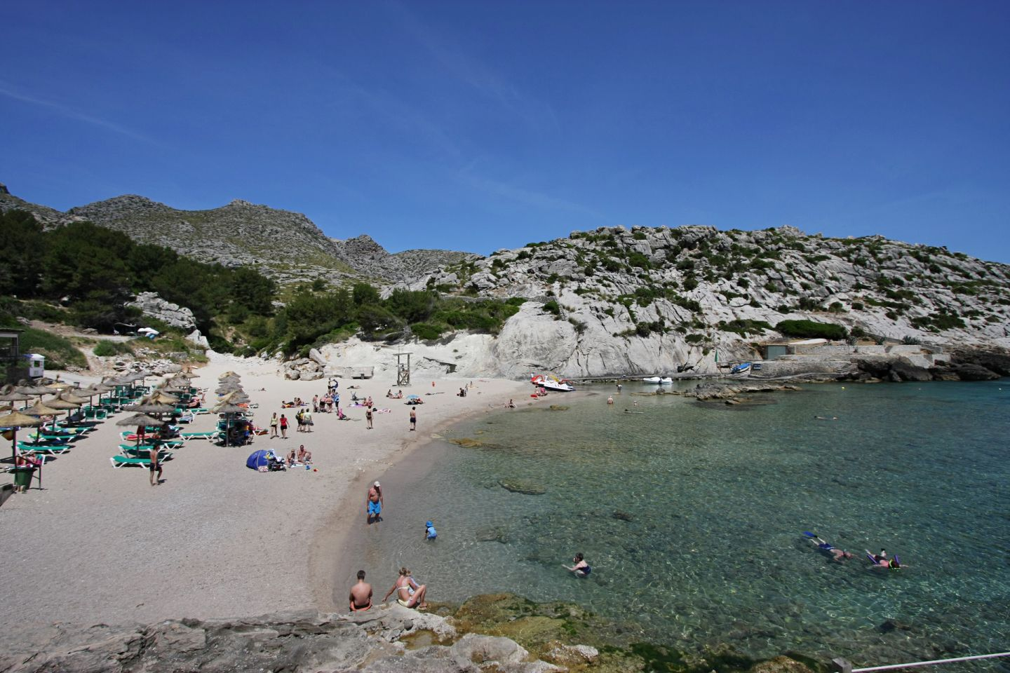 2 Bed Apartment for sale in Cala San Vicente 12
