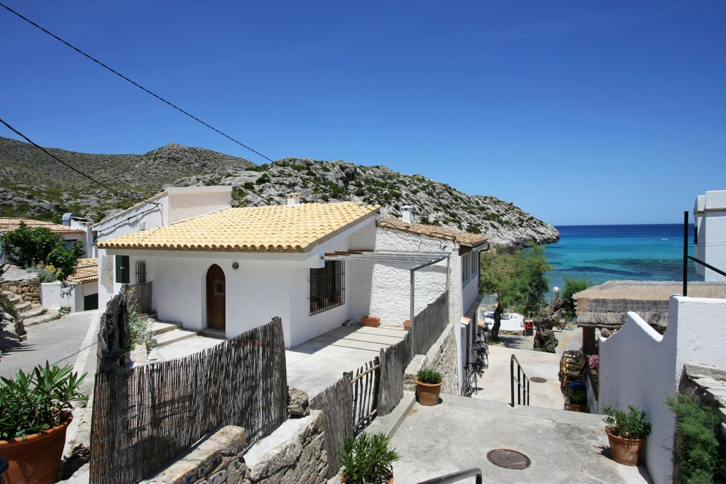 2 Bed Apartment for sale in Cala San Vicente 13