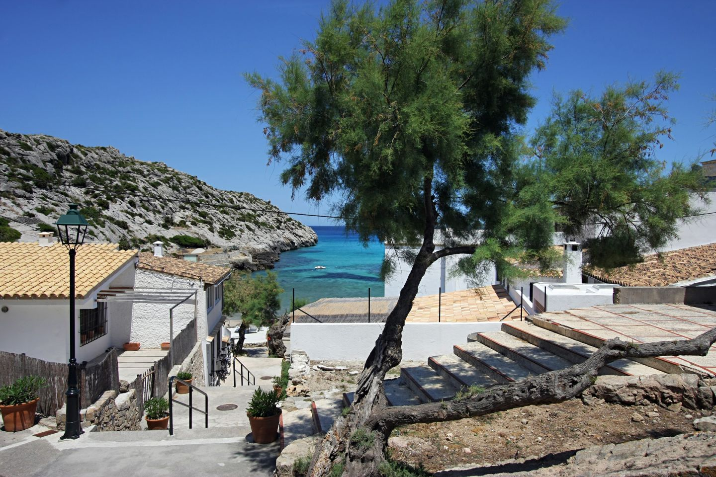 2 Bed Ground Floor for sale in Cala San Vicente 12