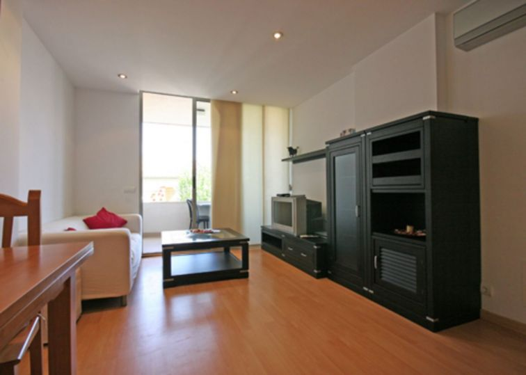 2 Bed Apartment for sale in PUERTO POLLENSA