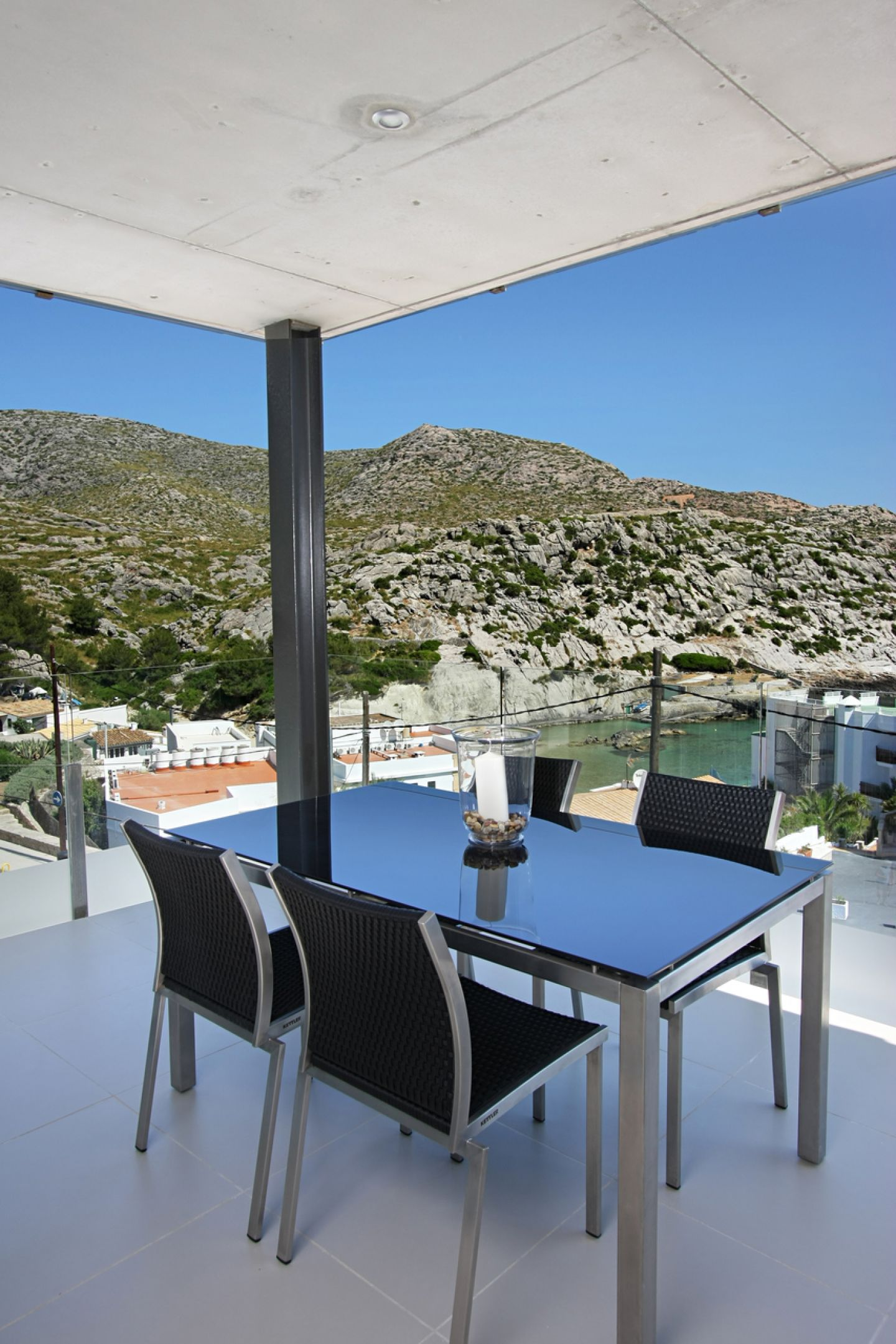 2 Bed Apartment for sale in Cala San Vicente 5