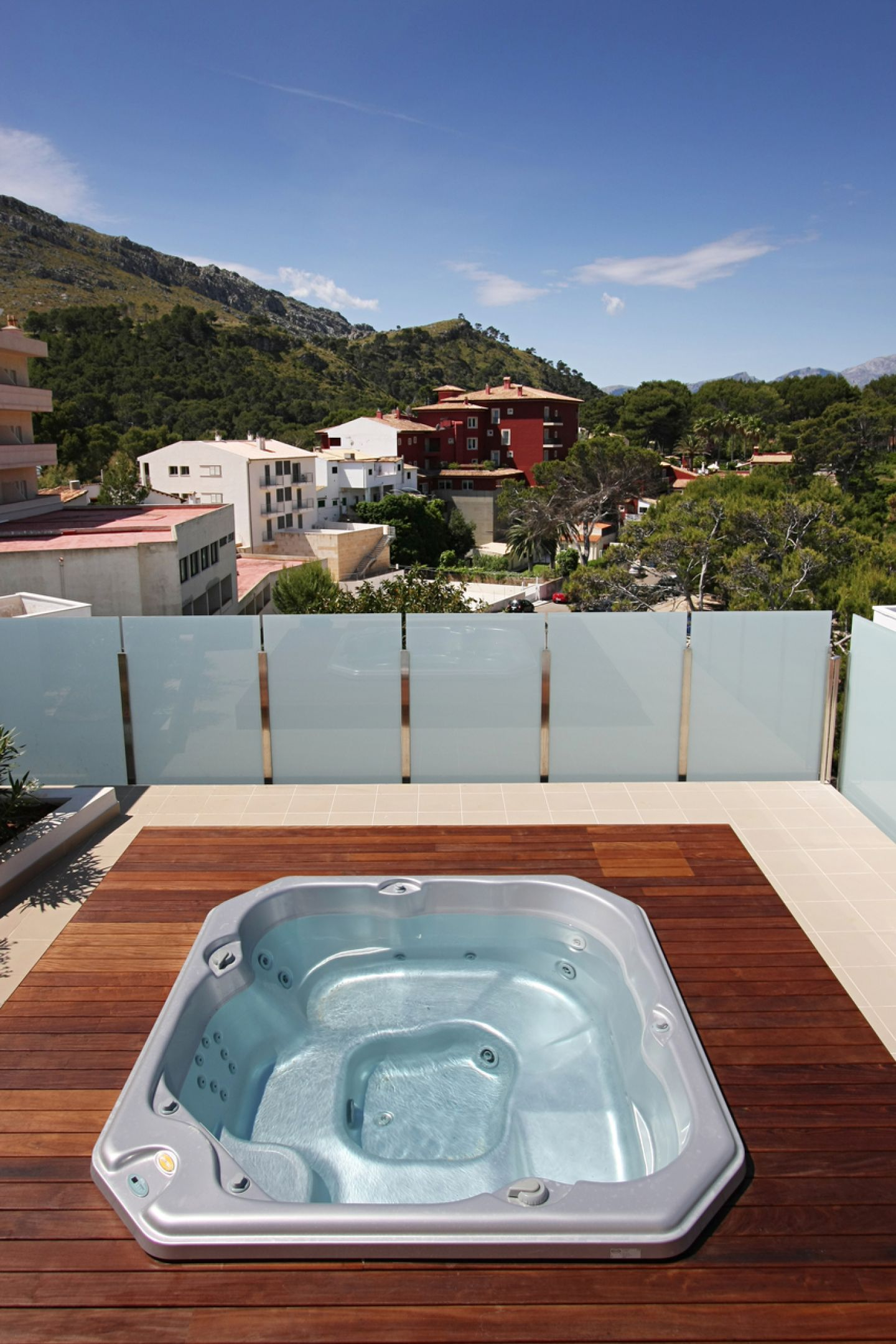 2 Bed Penthouse for sale in Cala San Vicente 16