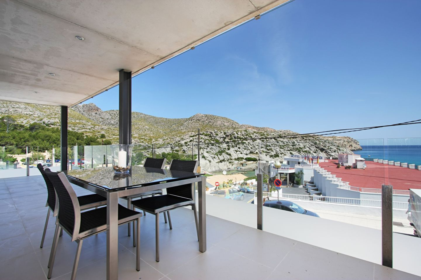 2 Bed Penthouse for sale in Cala San Vicente 8
