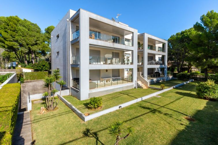 3 Bed Penthouse for sale in PUERTO POLLENSA