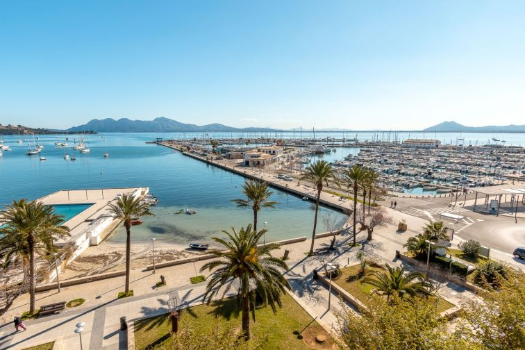 5 Bed Apartment for sale in Puerto Pollensa