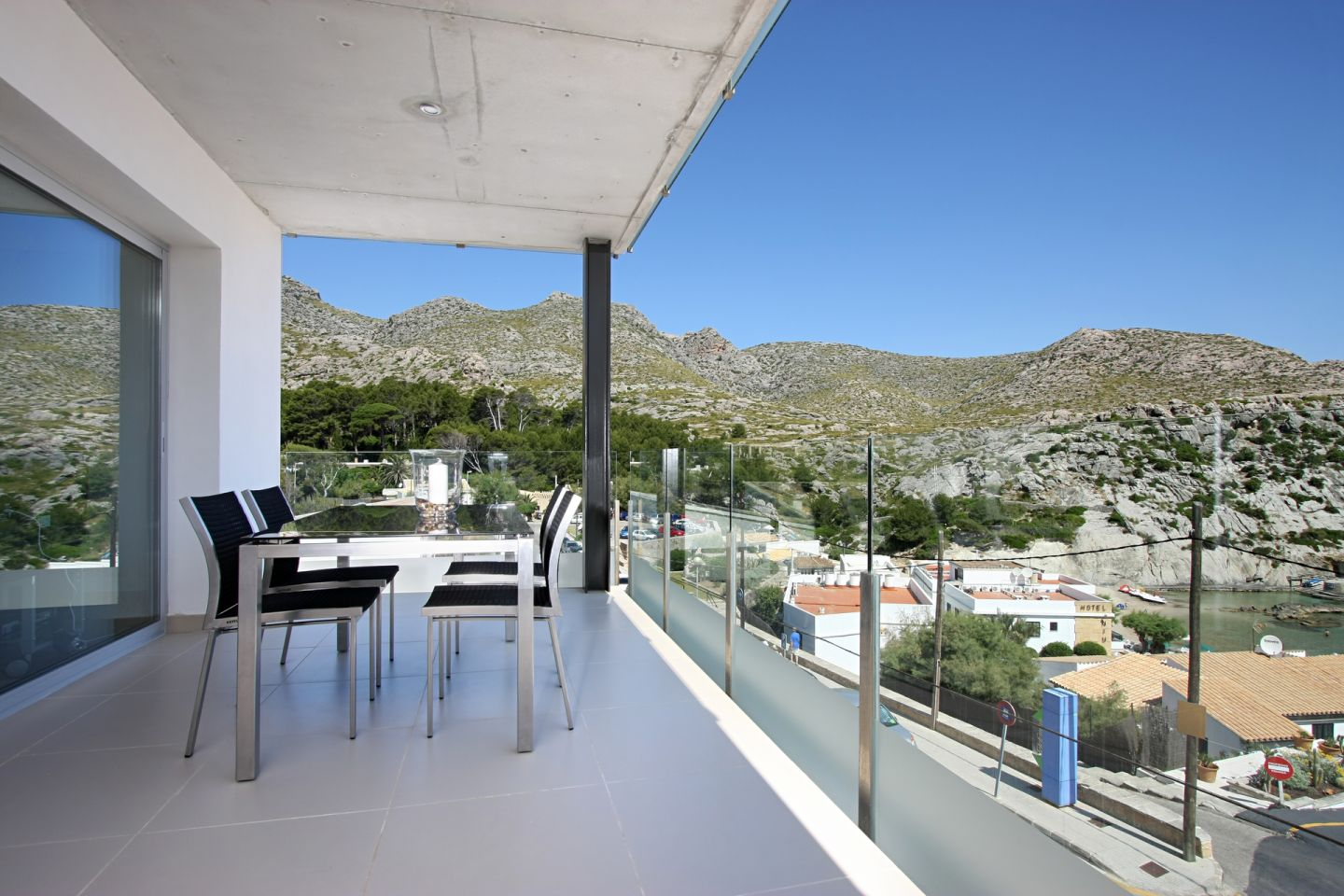 2 Bed Building for sale in Cala San Vicente 13