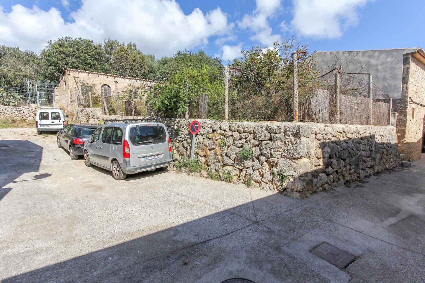 4 Bed Urban Land for sale in Pollensa 9