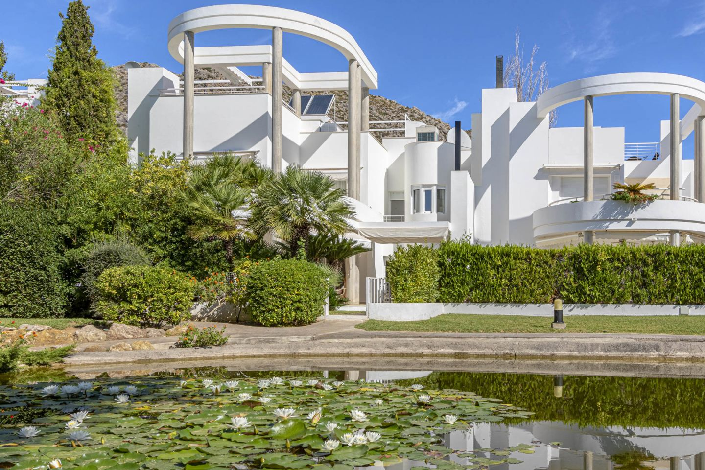 5 Bed Townhouse for sale in Puerto Pollensa 0