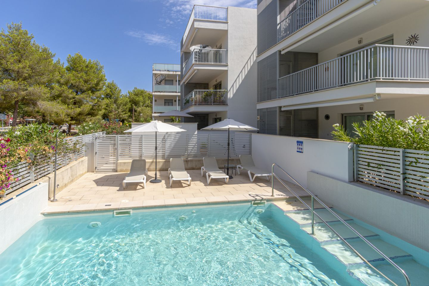 3 Bed Apartment for sale in Puerto Pollensa 1