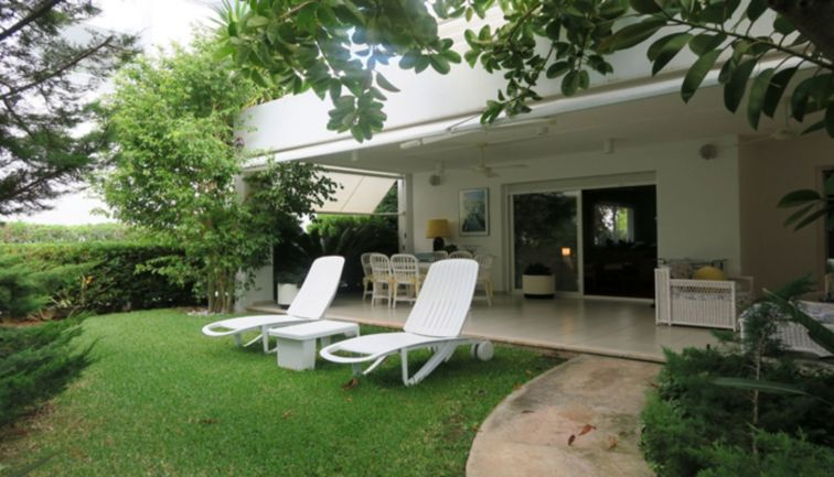 4 Bed Ground Floor for sale in PUERTO POLLENSA