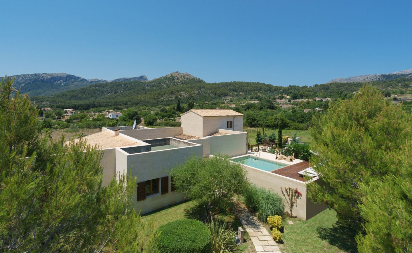 4 Bed Countryside House for sale in POLLENSA 19