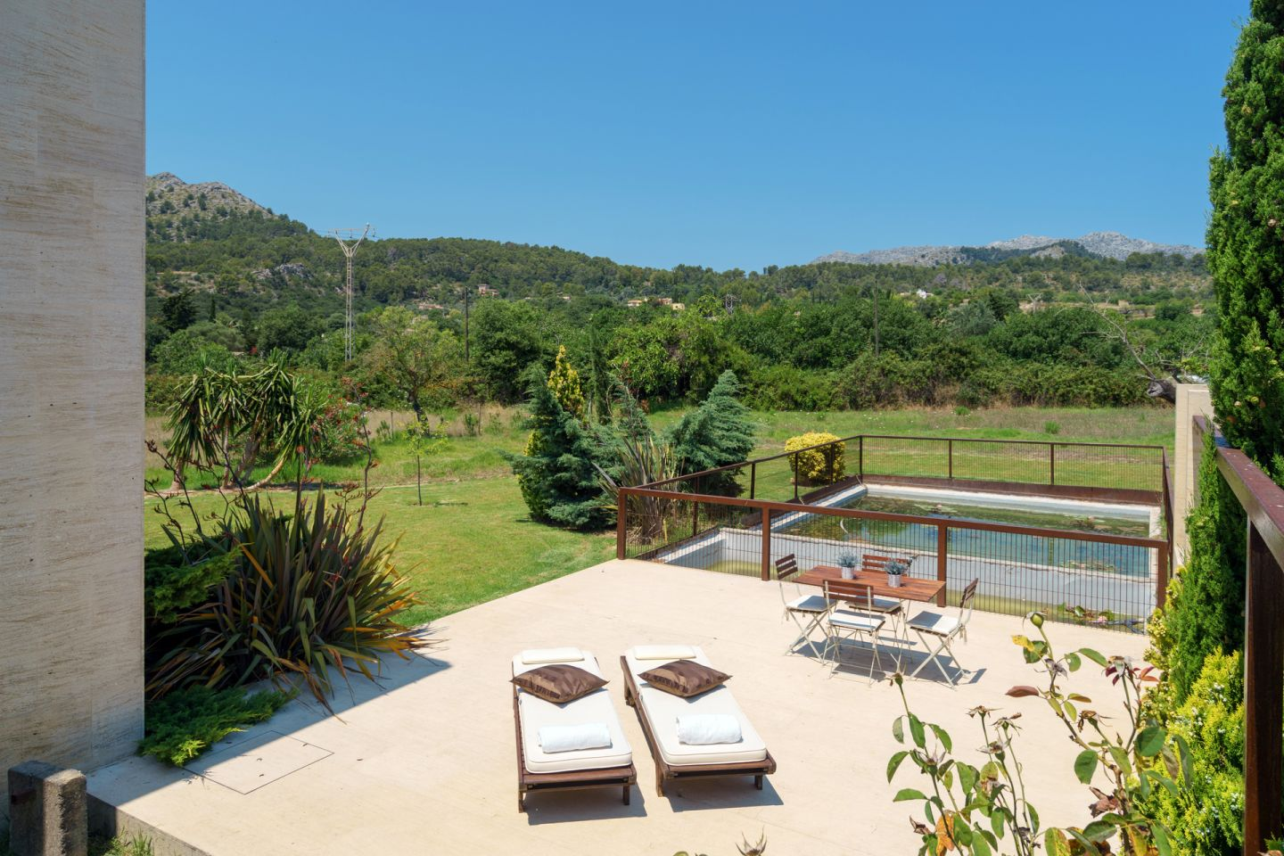 4 Bed Countryside House for sale in POLLENSA 2