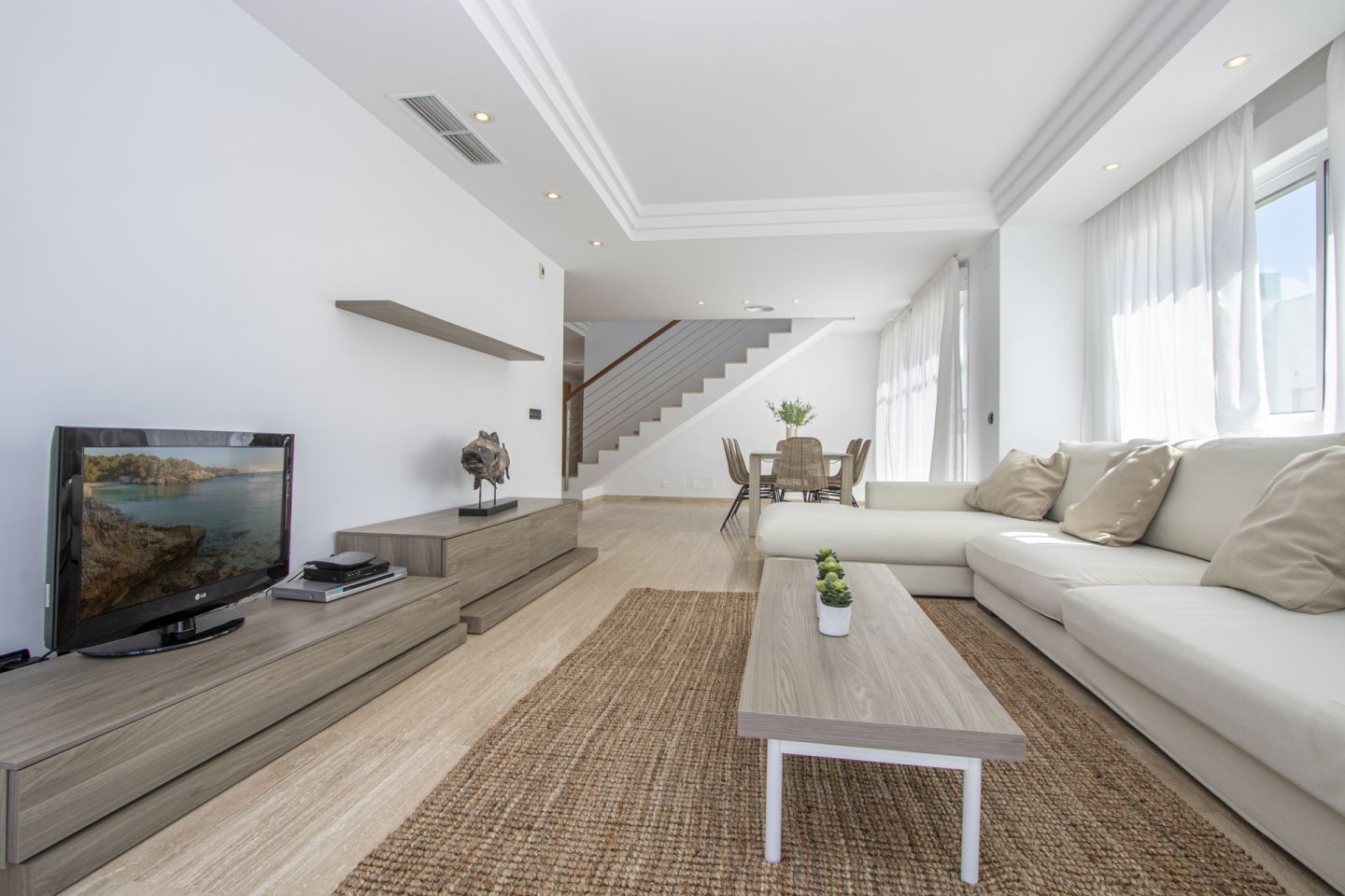 4 Bed Penthouse for sale in PUERTO POLLENSA 2
